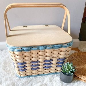 Vintage Square Wicker Picnic Basket or Pie Carrier
